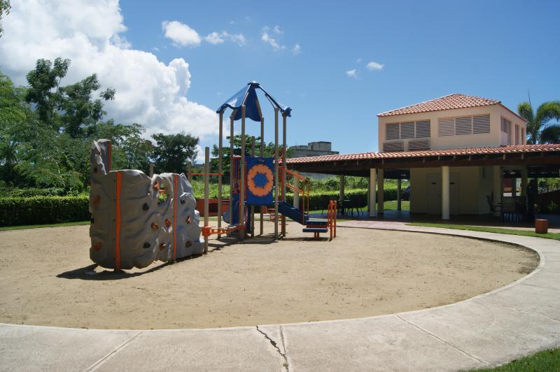 Zona de juegos niños