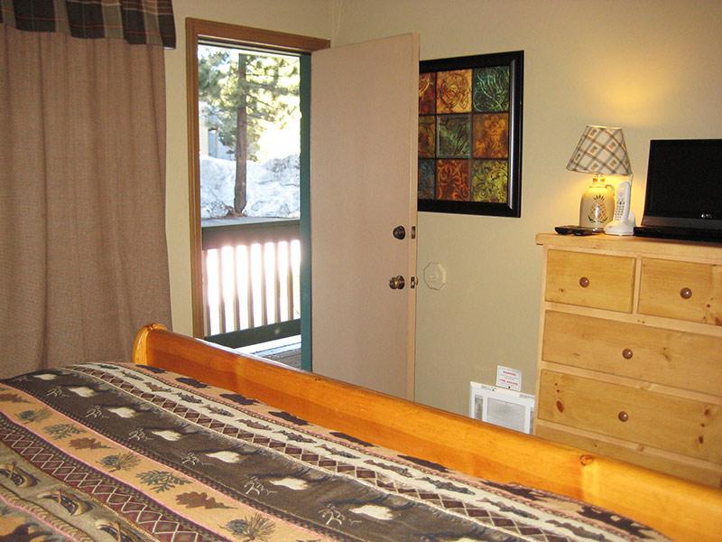 Dormitorio planta baja con Deck privado