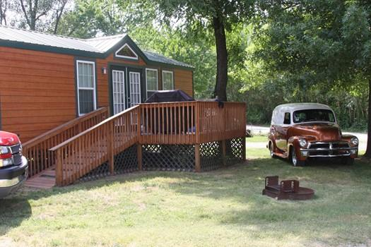 Beautiful Deluxe Cabin Has Internet Access And Private