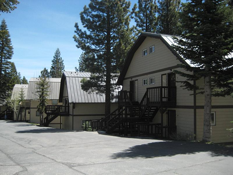 Mammoth View Villas in the Summer