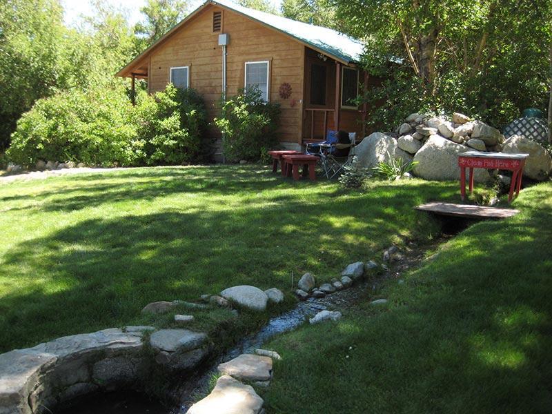 Elani Lodge Artesian Well and Duplex Cabin