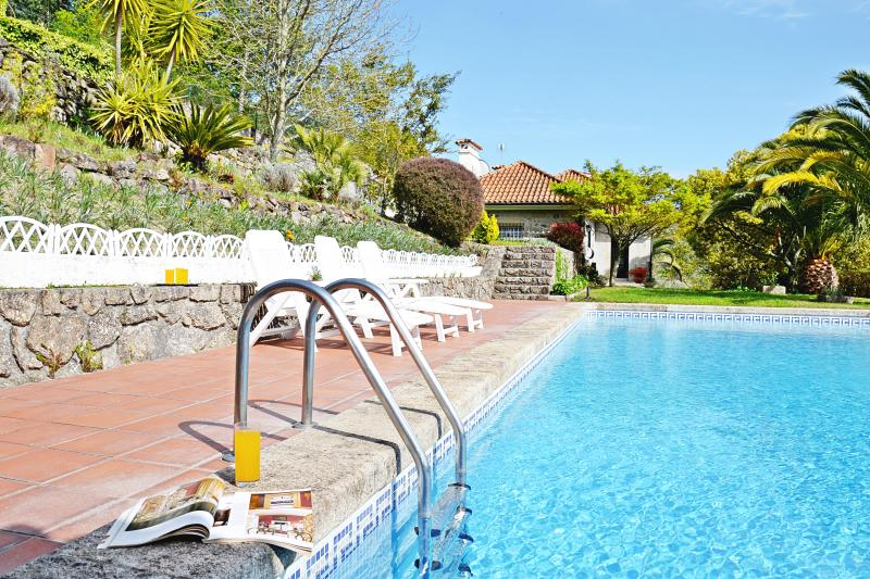 Villa with private pool, holiday rental in Ponte de Lima