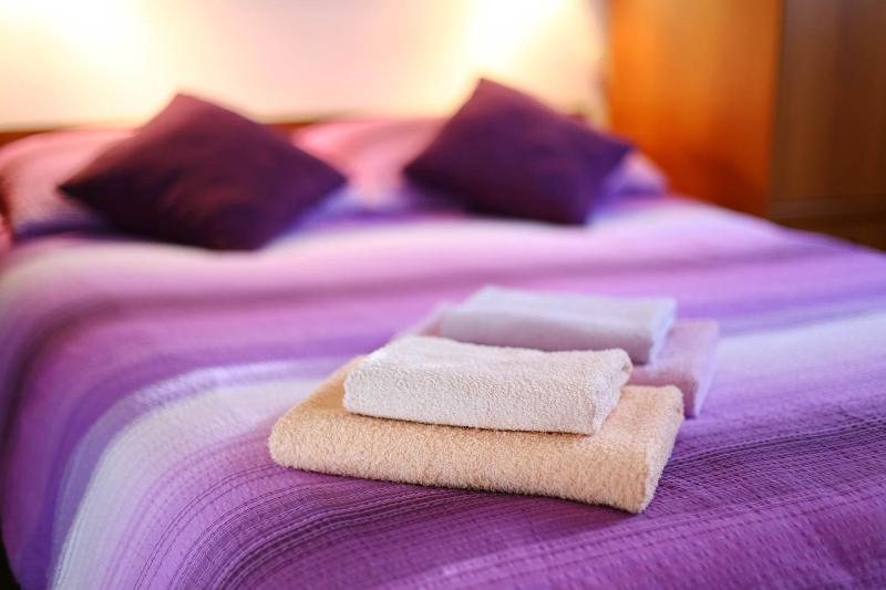 Two towels for each person, clean towels every 3rd day or on request