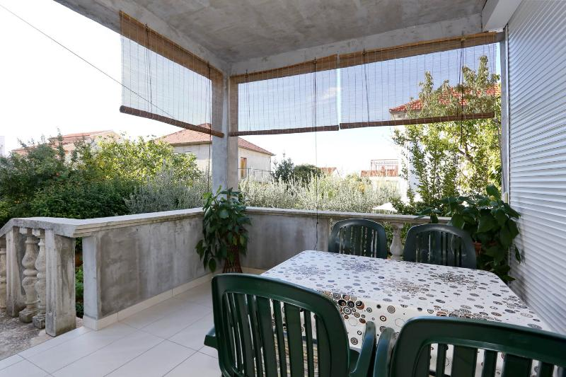 Roofed terrace