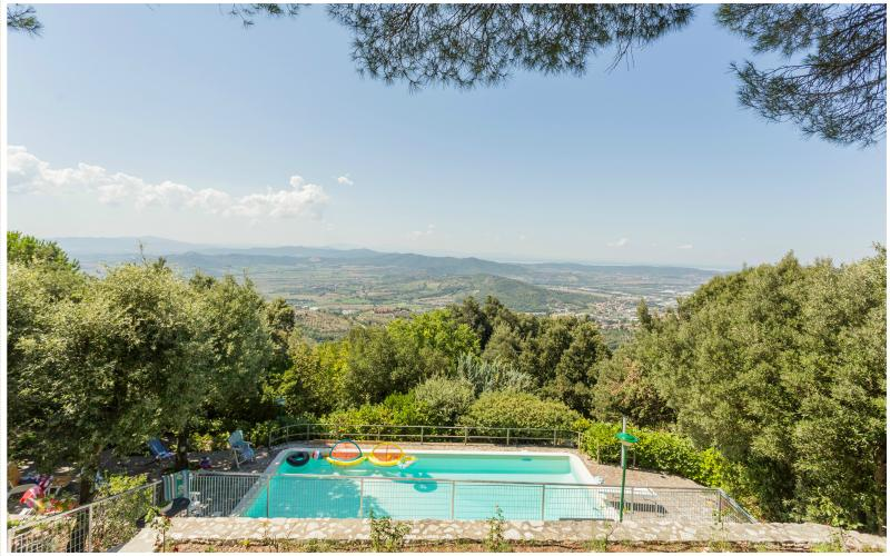 TOP LOCATION! Villa Casa Trinità Private Pool and Panoramic View-Great for Group, vacation rental in Corciano