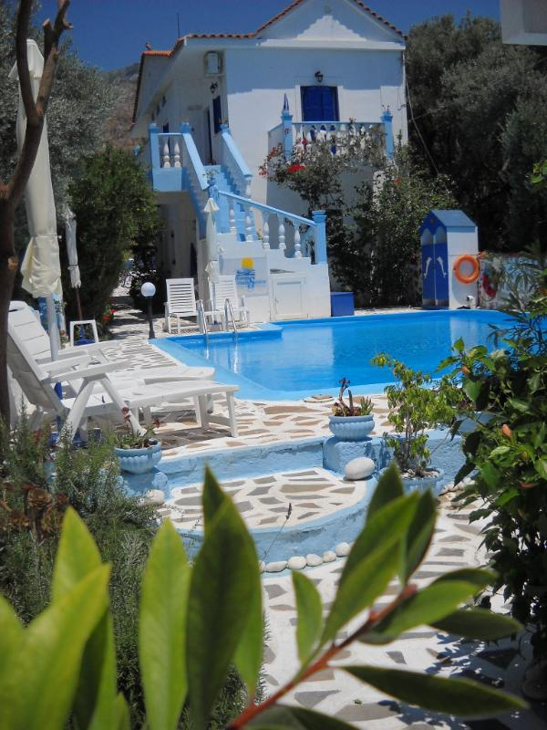Private pool for the guests of Meltemia