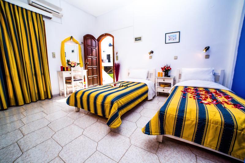 Creta Mar-Gio (Studio 2pax), Ferienwohnung in Plati