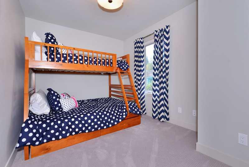 Fun bunk beds in the third bedroom. Single on the top, double be