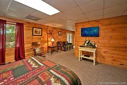 Dormitorio del primer piso en Fox Ridge