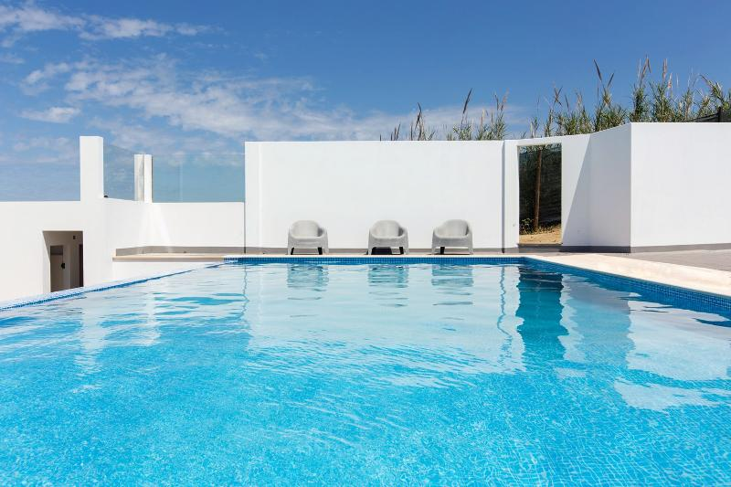 The Maverick Surfvillas Portugal - Villa 2, vacation rental in Seixal