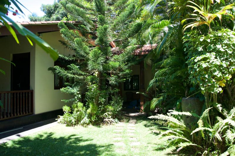 Isuri villa, vacation rental in Kalutara
