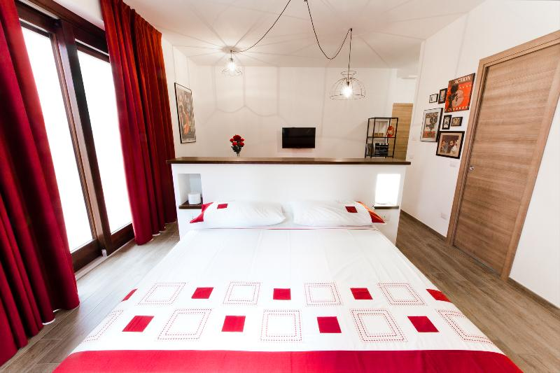 Residence Masnaiot - Appartamento Teatro, vacation rental in Borgomale