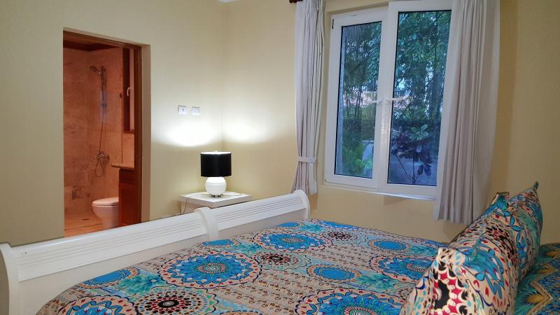 King size bed available on request in second bedroom