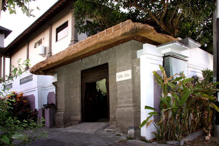 Welcome, our villa from the street - Gang Baik Baik