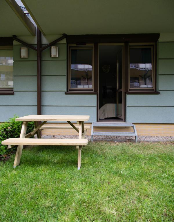 Appartement dispose d'un accès à un petit jardin privatif