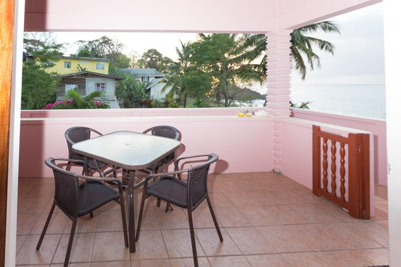 True Carribean feel to dine and enjoy the surroundings of neighbours at distance and sea.