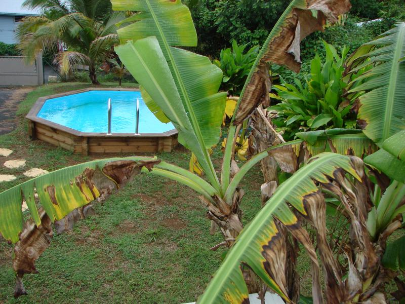 Private pool to both cottages