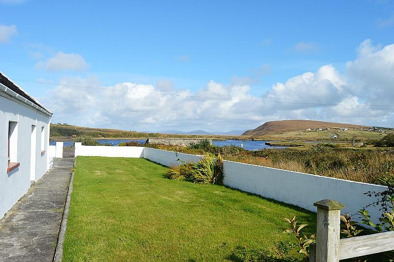 Saula West holiday cottage sits right on the waters edge and in the heart of the Island.