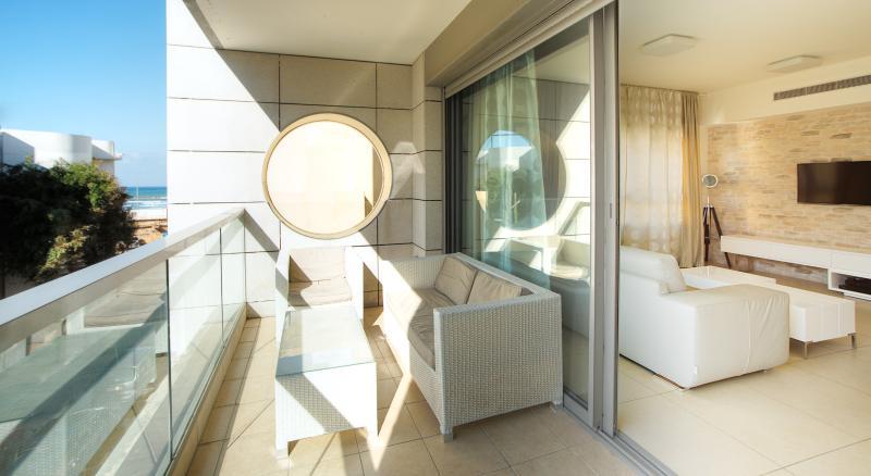 Suite-SunnyBeach - (apartment #6) Living Room