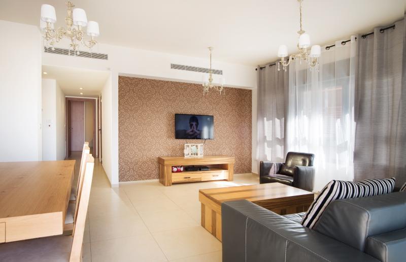 Suite-SunCity - (apartment #8) Living room