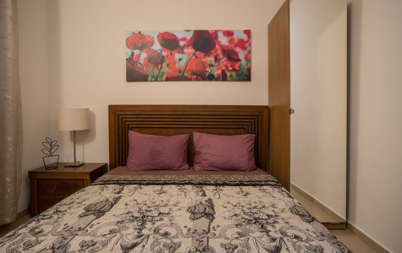 Suite-SunCity - (apartment #8) Bedroom 1