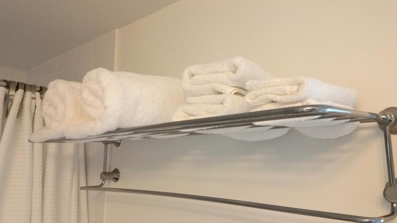 Fresh towels and linens provided.