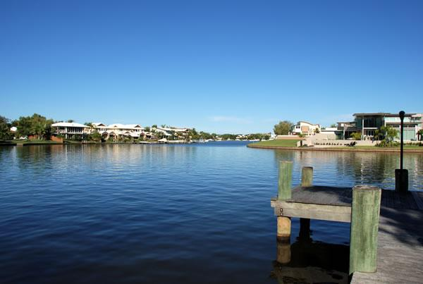 noosa entrance waterfront resort has patio and internet access rh tripadvisor com
