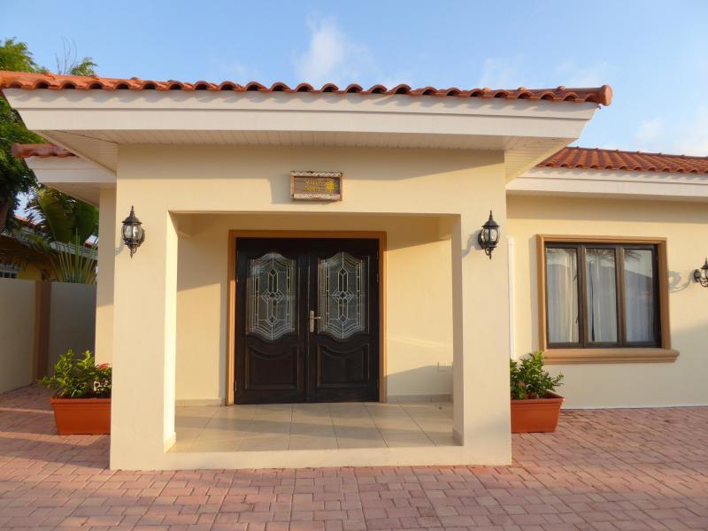 Welcome to VILLA SOLEIL, THE ARUBA SUN HOUSE!