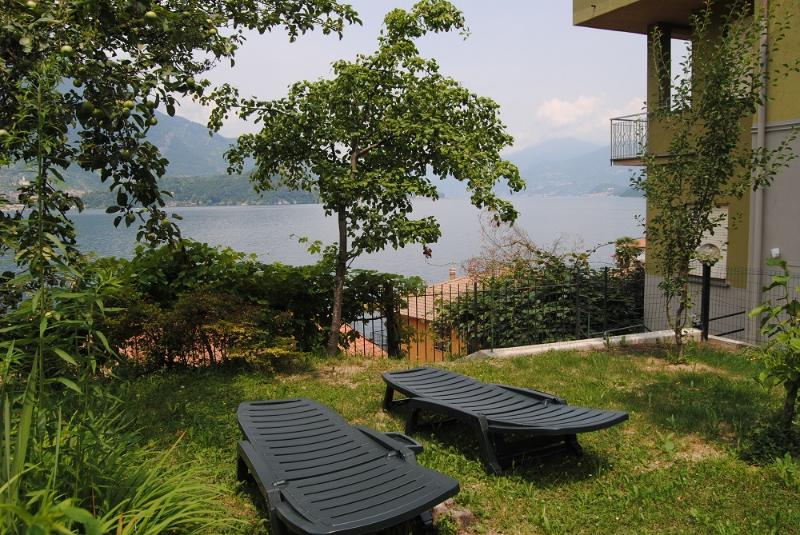 Violetta Room side view of the lake-up to 4 people, holiday rental in Sormano