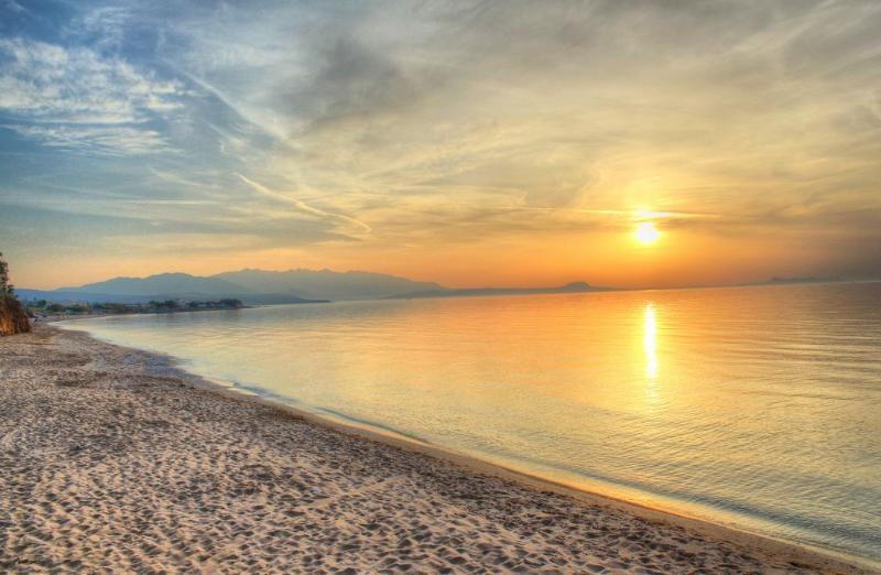 Skaleta beach is close to the Villa!