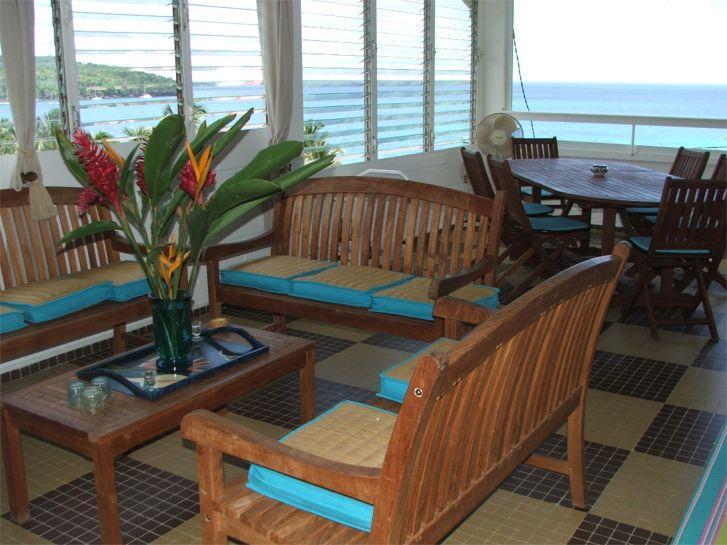 Salon, salle à manger du 2ème et leur vue mer.