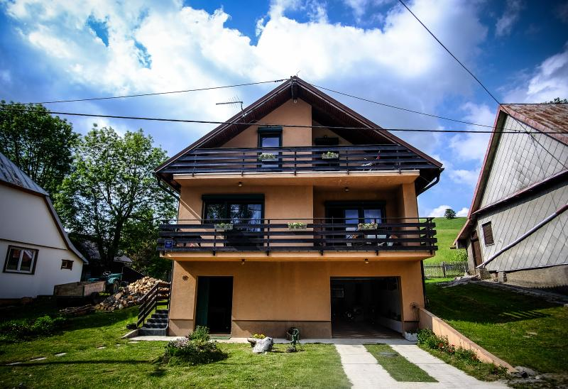 Kuća Bor/ House Bor in Gorski Kotar, holiday rental in Brestova
