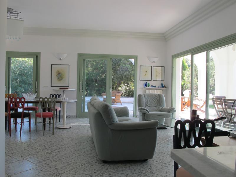 EL salón moderno y fresco