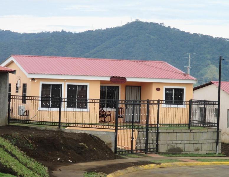 Casa Caminando Por Fe Nicaragua, holiday rental in Nindiri
