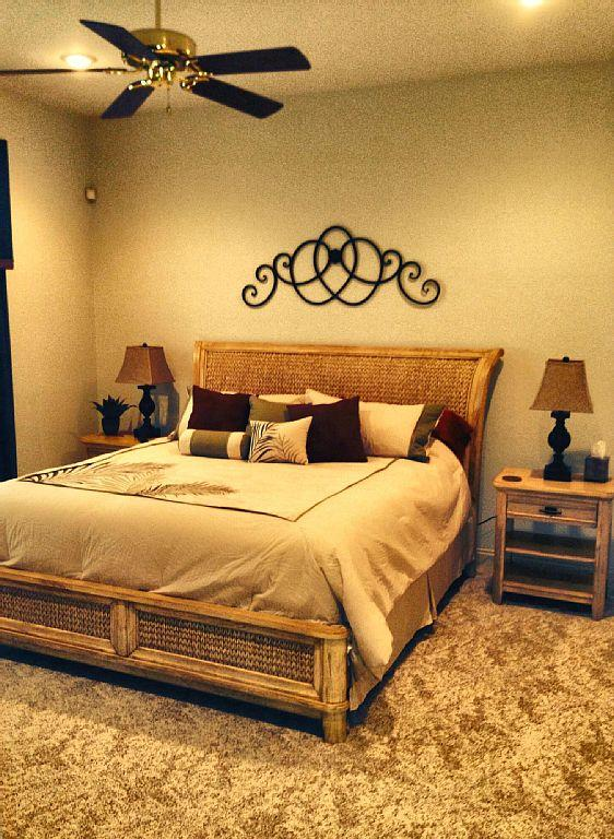 Large King size bed room