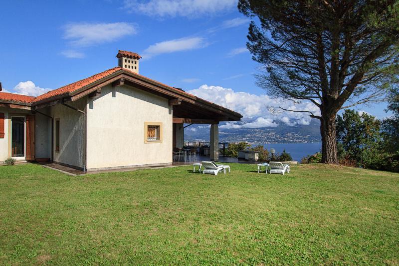 Villa Chiara - Stresa Magognino, Lago Maggiore Italien - NORTHITALY VILLAS Ferienwohnungen