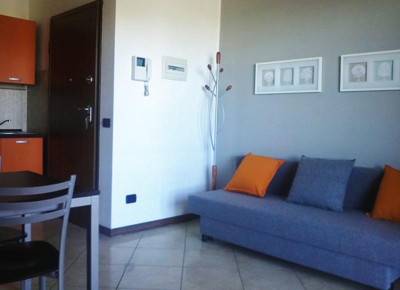 Fiera Milano comfortable apartment, holiday rental in Novate Milanese