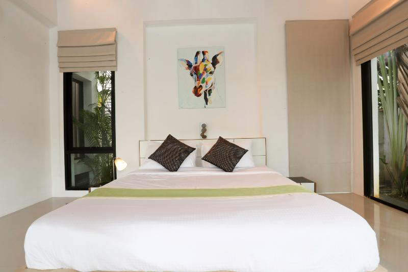 PRIVATE POOL1 VILLA @PHUKET THAILAND 3 BEDROOMS,, casa vacanza a Koh Kaew