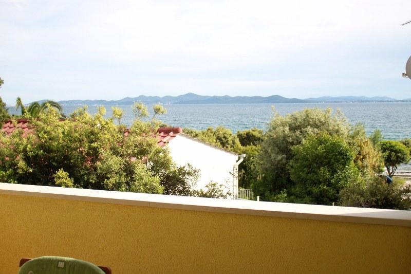 A1 Zeleni (4+1): terrace view