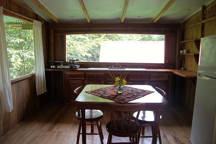 Fully equipped kitchen and a dining table