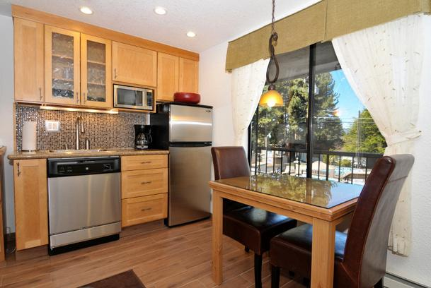 Studio at the Stardust Tahoe Resort, vacation rental in South Lake Tahoe