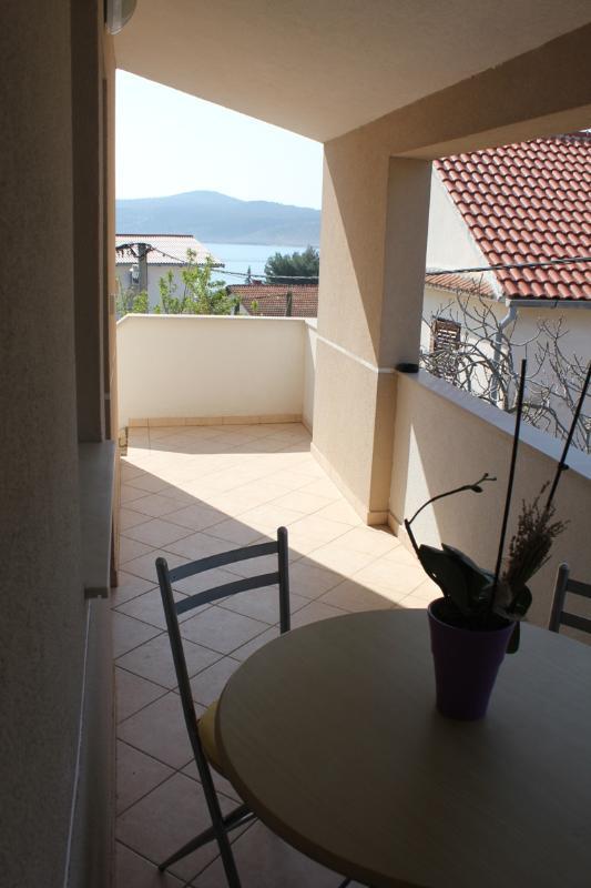 A2 zuti(2+2): terrace