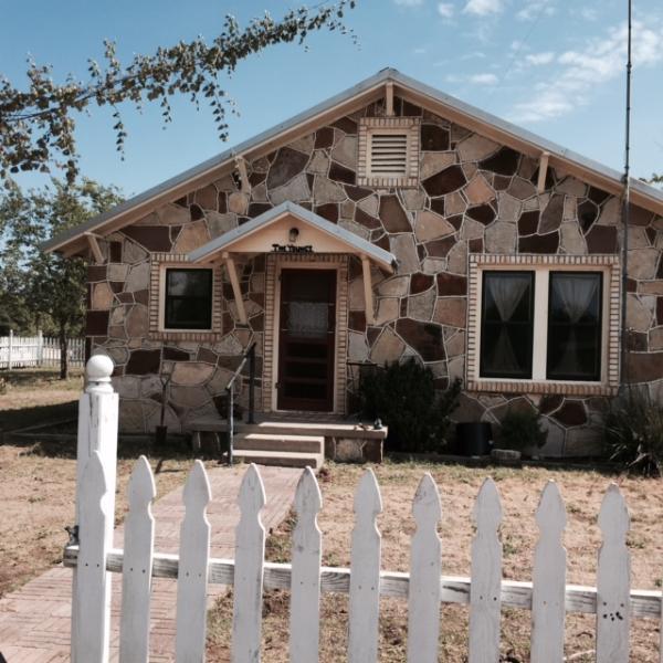 Benvenuti a Young Ranch Rock House