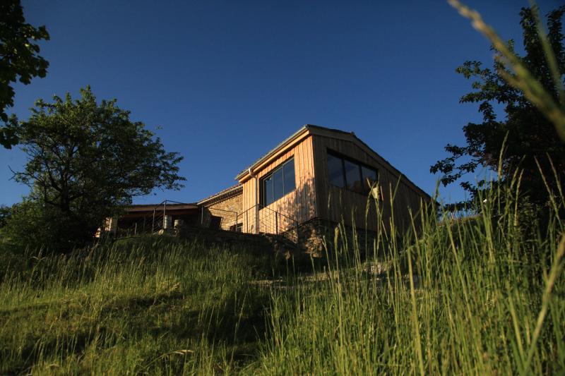 gîte écologique  'La Grange', vacation rental in Saint-Andre-de-Rosans