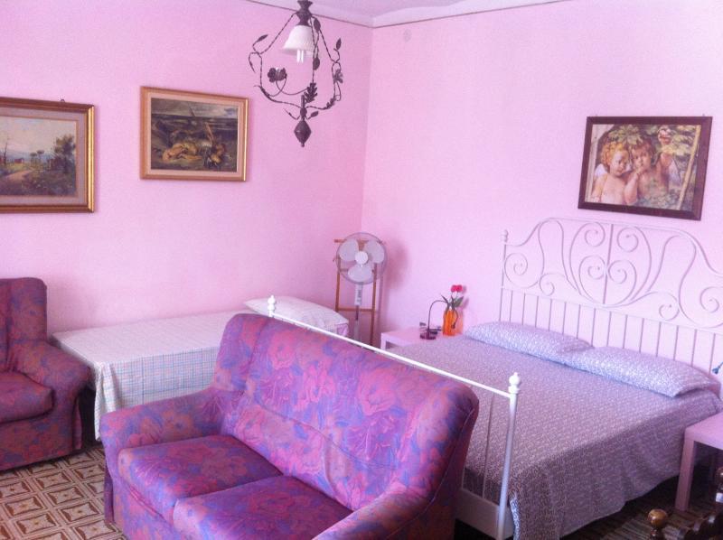 Casa Vacanza in Abruzzo fino a 4 posti letto, vacation rental in Tollo