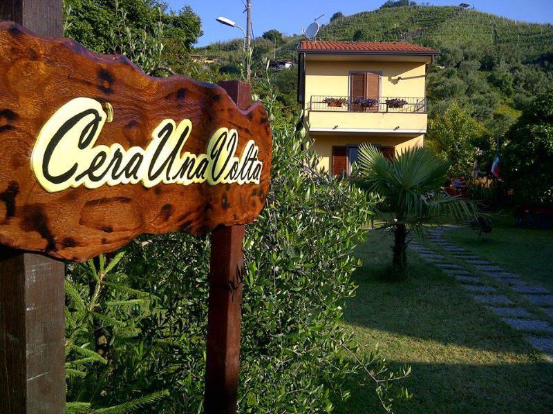 VILLA C'ERA UNA VOLTA  - 2 camere con bagno, holiday rental in Miseglia