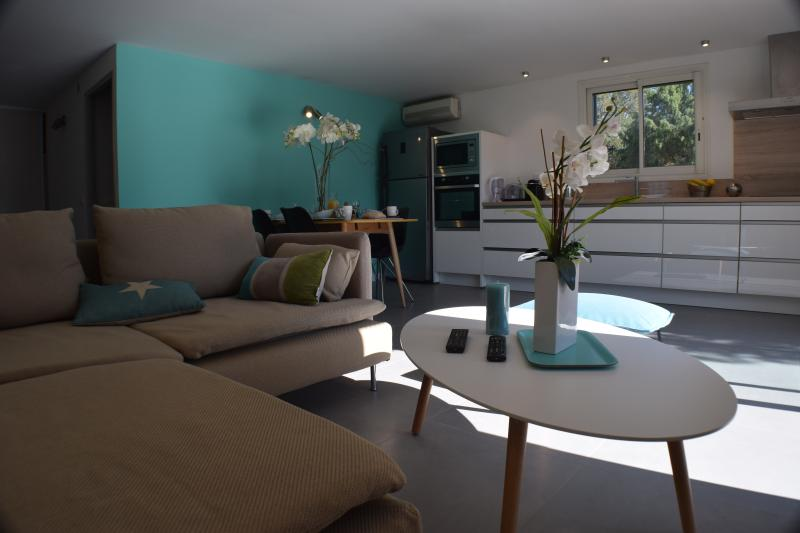 elegant & modern main room