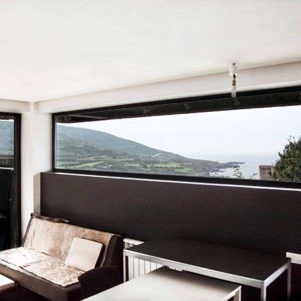ventanales sobre el mar