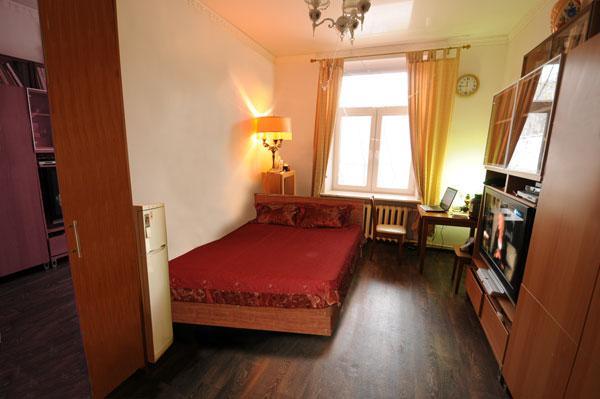 Nice room for LGBT travelers - 20 min from Kremlin, holiday rental in Monino