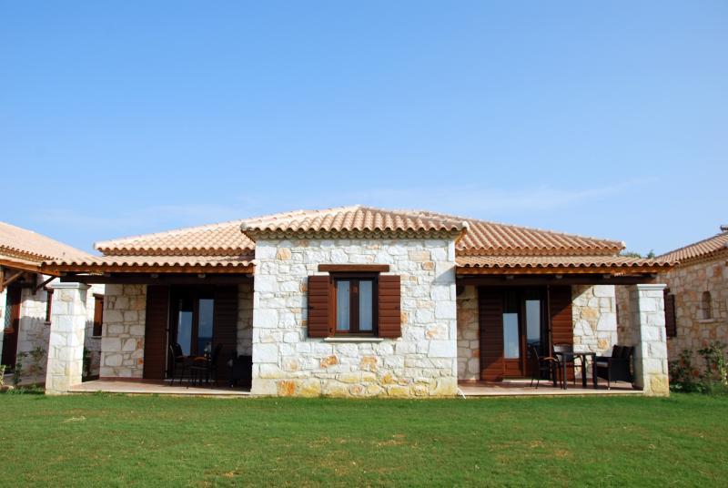VILLA PSAROU, holiday rental in Alykes
